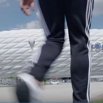 When Adidas issued the trainers from the city series, DENT INT. from South of London came for filming to Munich/Germany